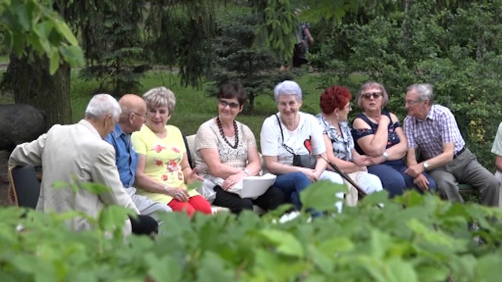 Seniorzy zapraszają na spotkanie