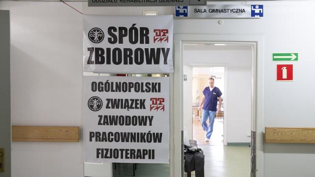 Fizjoterapeuci i diagności zawiesili protest. Jak wygląda sytuacja we Włocławku?