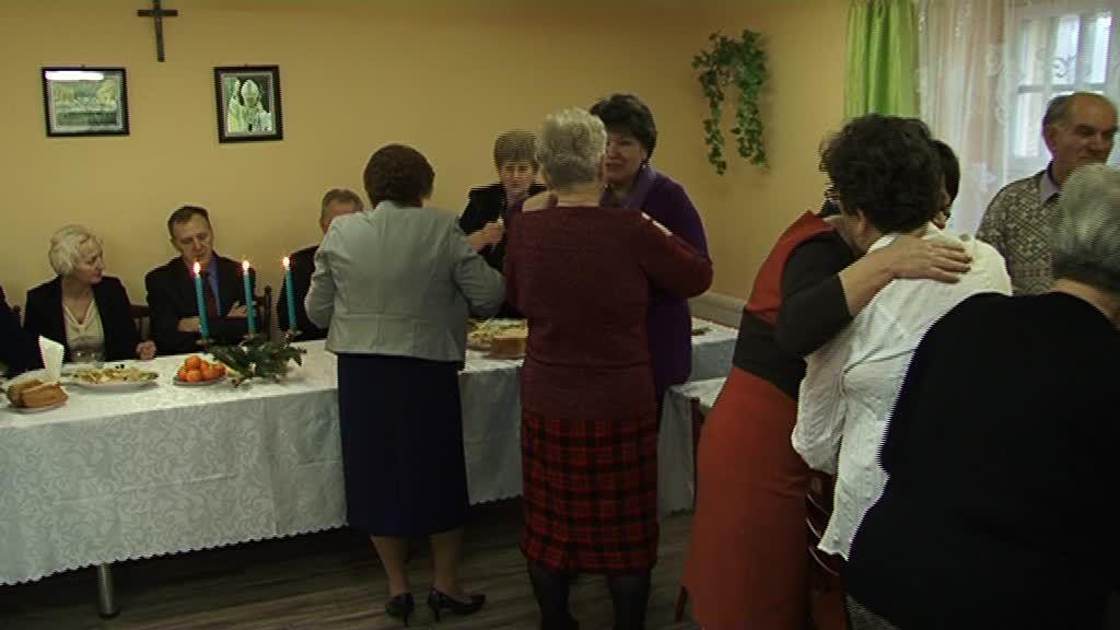 Chodecz. Spotkanie opłatkowe rencistów i emerytów – wideo