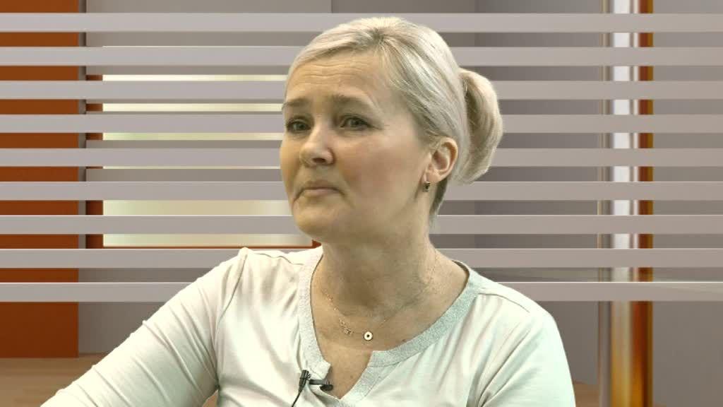 Czerwona kanapa – Dorota Skibińska