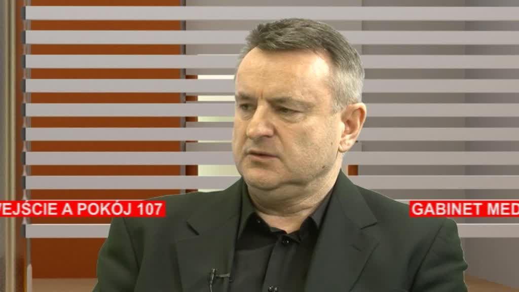 Czerwona kanapa – Wojciech Wiliński