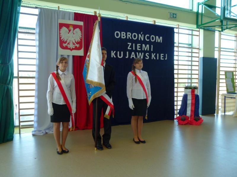 Gimnazjum w Boniewie już nosi imię Obrońców Ziemi Kujawskiej