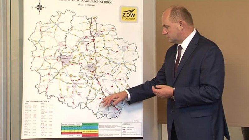 Marszałek zapewnia, że wybuduje drogi do Chodcza i Izbicy!