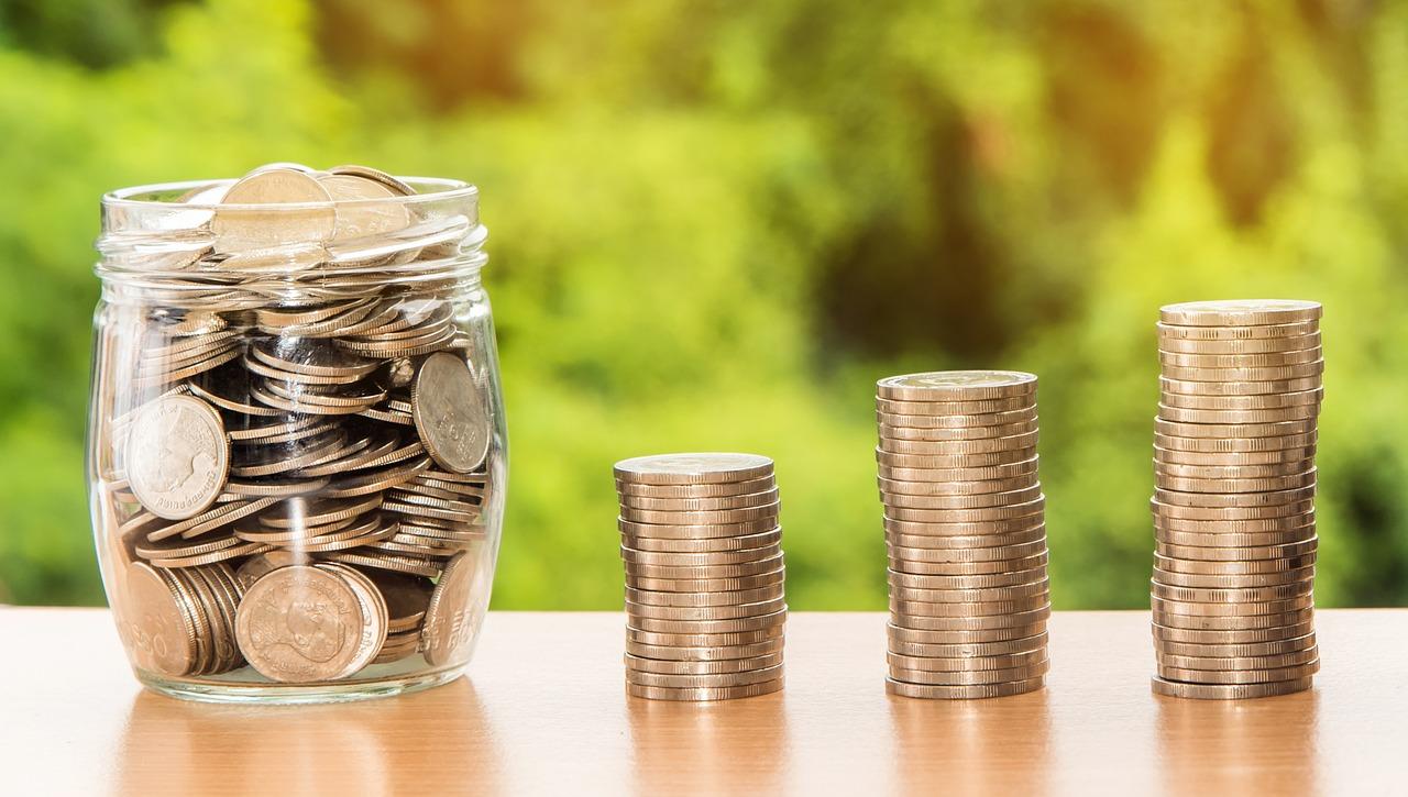 Obniżenie pensji samorządowcom – jak wpłynie na jakość polityki lokalnej?