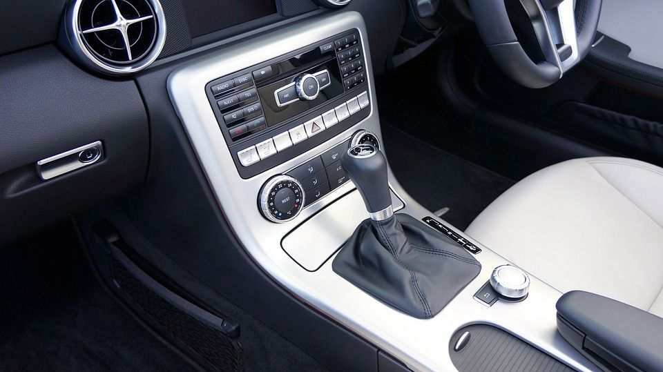 Na co zwracać uwagę podczas kupowania samochodu używanego?