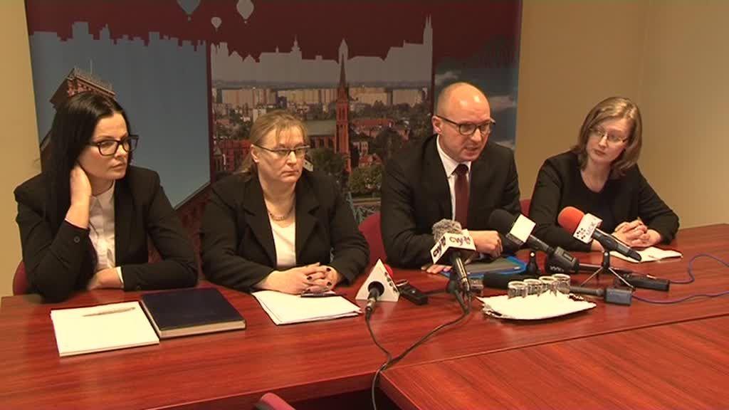 Po wielkiej burzy zastępczynie prezydenta Wojtkowskiego ujawniają swoje zarobki!-wideo