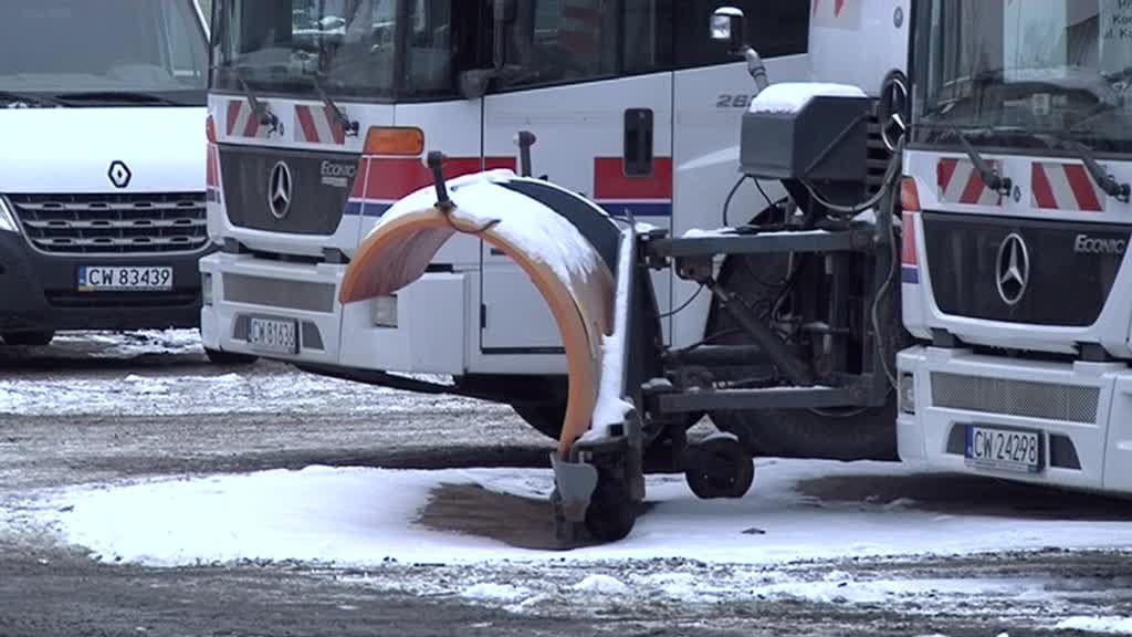 Saniko Włocławka nie odśnieża, ale robi to w okolicznych gminach – zobacz video