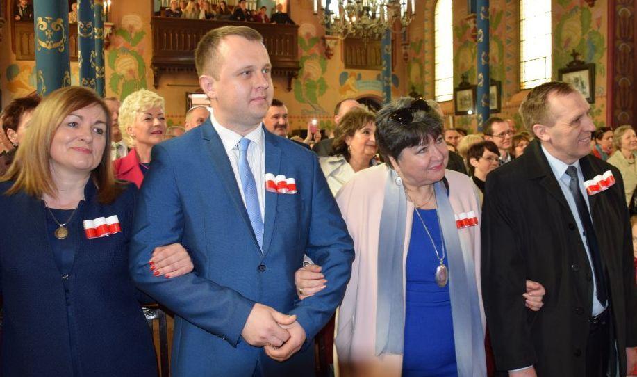 Święto Konstytucji i … Zbigniew Wodecki w kościele. Zobacz film!