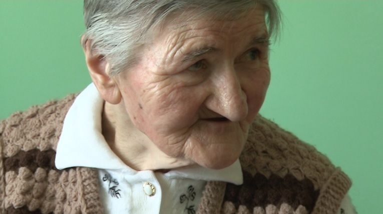Urzędnicy z Chocenia odmawiają schorowanej kobiecie skierowania do DPS. – Czy oni się mszczą nade mną? – pyta zrozpaczona mieszkanka