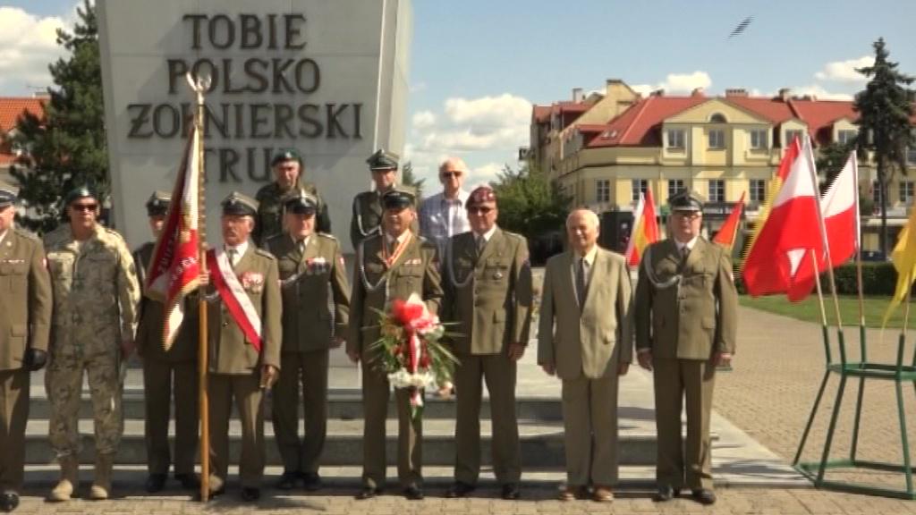 Ponadpartyjna zgoda przy pomniku Żołnierza Polskiego