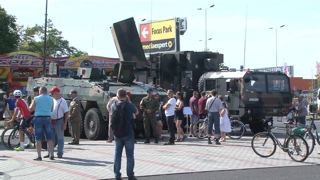 Piknik militarny przywrócił wspomnienia o byłej jednostce wojskowej we Włocławku