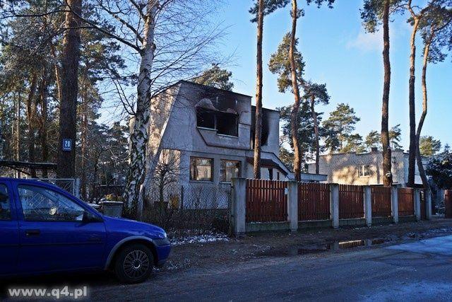 W Michelinie spłonął dom. Nie żyje 41-letni mężczyzna