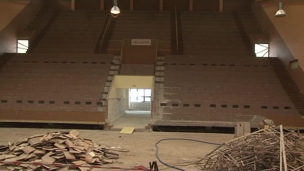 Wykonawca zapewnia, że przebudowa małej hali OSiR zakończy się 30 czerwca!